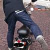 クッシュマンのリオンドラックストリップジャケットを着てバイクに跨り、新たなる記録を目指す☆