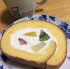 パステルのロールケーキ