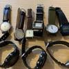 腕時計が1つしか身に付けられないのはもったいない。