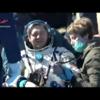 NASAのライブ映像で宇宙ステーションから3人の宇宙飛行士の帰還を見ていました…