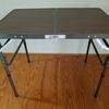 折り畳める中型のテーブル:テーブルシリーズ①
