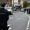 ドイツで右翼の過激派が4人の警察官を撃つ