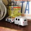 トミカサイズのヴィンテージトレーラー エアストリーム 1/64スケールミニカー