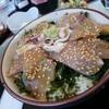 神津島でさっそく美味いものを食べる