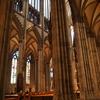 ホーエンツォレルン橋 を渡って世界最大のゴシック様式建築、ケルン大聖堂へ。ソーセージもお忘れなく♪【ドイツ/ケルン旅行】