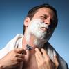 髭を剃るのが面倒くさい。