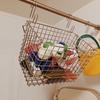 ワイヤーバスケットでお風呂のおもちゃ収納。