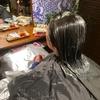 縮毛矯正で艶々ヘアスタイル