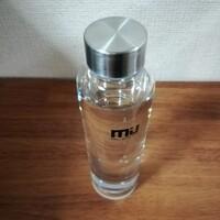 もっと水を飲もう。シンプルなガラスボトルを購入