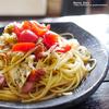 プチトマト、キャベツ、ウィンナーのゆかりふりかけパスタ
