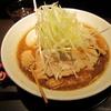 【今週のラーメン630】 みつか坊主 (大阪・蛍池) 赤味噌らーめん 全部のせ
