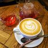 「CAFE ZENON(カフェゼノン/吉祥寺)」でサブカル感と、ラテアートを楽しむ。