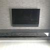 建築のプロ集団が束になって取り組んだ遠方(北海道発、鹿児島県着)のフロートテレビボード実例を紹介