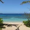 透明で綺麗な海はフィジーのヤサワ諸島にあり! マンタレイ島で目撃!