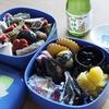 日本の新年の伝統料理、おせち料理とお雑煮(Japanese New Year traditional dishes, Osechi dishes and Ozoni)