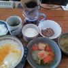 白菜の味噌汁と白菜と人参の煮つけと玉子粥