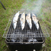 秋のキャンプ飯なら、秋刀魚の炭火焼きは外せない。
