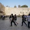【イスラエルの旅】②-嘆きの壁と教会の中へー