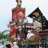 船形「大塚」の山車は南房総最大級。安房の名工義光による彫刻が豪華に施されている重厚な造りが特徴!