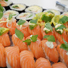 コストコのアトランティックサーモンで家でお寿司を作る方法を語る