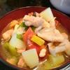 具沢山【1食66円】鶏もも根菜けんちん汁の簡単レシピ