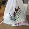 花の刺繍が可愛いオーガンジーのエコバッグ 生活感がないのに大容量&おうちで洗える優れモノ