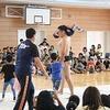 加木屋小学校におすもうさんが来た!② 低学年の挑戦