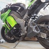 大型バイクで立ちゴケした経験から、原因と対策を教えます。