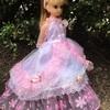 ピンクのドットのドレス