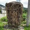 三叉路の一角にまつられる庚申塔 福岡県朝倉市持丸