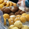 ドーナツとサーターアンダギーの違いって何?歴史・材料・栄養の違いも解説
