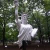 上野公園に「自由な女神像」