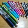 ペンの色数を増やして、お花のイラスト練習♪