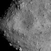 C型小惑星なのに予想に反して『リュウグウ』には水がなかった!?『はやぶさ2』の観測で『リュウグウ』の表面には予想より水が枯渇していた事が判明!!