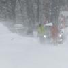 猛吹雪・国道たのせ地区で車立ち往生