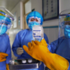 新型ウイルスの毒性が、感染増による突然変異で弱まる可能性も