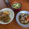 幸運な病のレシピ( 1034 )昼:エビ入りロール白菜(夜の仕込み)、ここ数日の残ったおかずでお昼は終わり