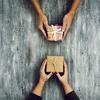人の心理を理解すれば売上は上がる!「返報性の原理」を活用したビジネスの方法4個
