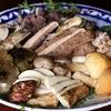 肴の天然きのこ料理【秋限定!究極のすき焼き】