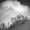 爆風の八方尾根から厳冬期の唐松岳を目指せ