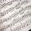 「職業作詞家・作曲家」が全盛だった時代の歌は、「聴かせる作品」として完成度が高い