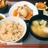 肉じゃがとあさりの炊き込みごはんで和定食(´・ω・`)