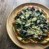 ほうれん草とアンチョビのピザ