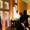 披露宴の「ステージサイド席」
