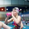 水分補給とバゾプレッシン(水泳時には、水圧による昇圧反射がバゾプレッシン分泌を抑制する)