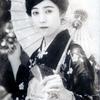 昔の女優さんの白黒写真をカラー化