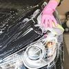 ワックスをかける前にまず洗車ですね。まず汚れを落としてからワックスです。