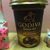 コンビニで見つけたゴディバドリンクと紅茶のガトーショコラの逃亡(笑)