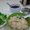 香港 夕食はワンタン麺