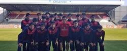 FC東京U-18、ドイツ遠征でOBよっちこと武藤嘉紀選手と対面